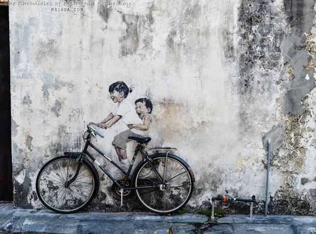 4_boyGirl_on_bicycle