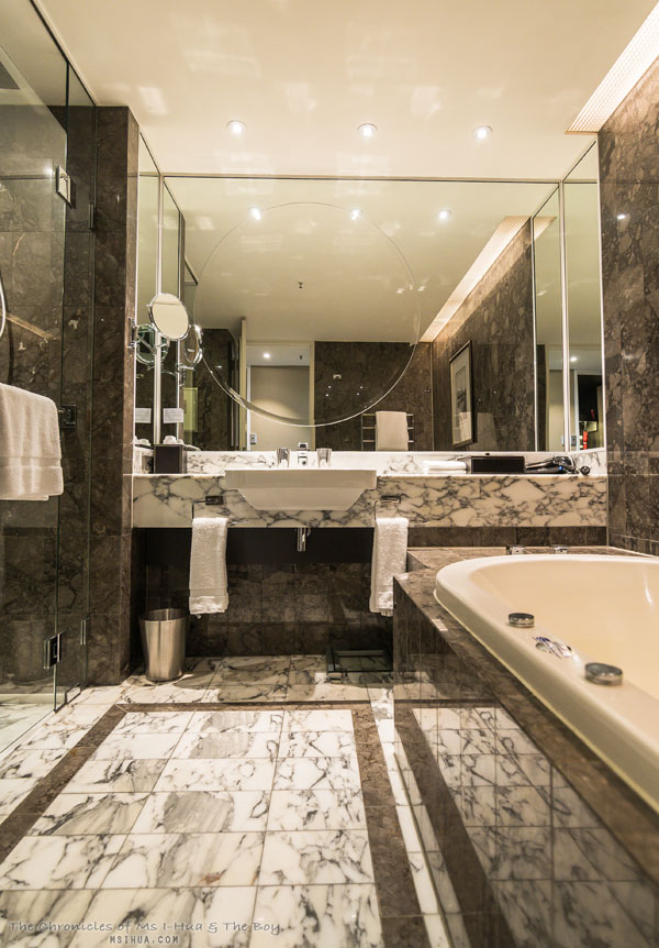 The Boy S Surprise Stay At Grand Hyatt Melbourne Ms I