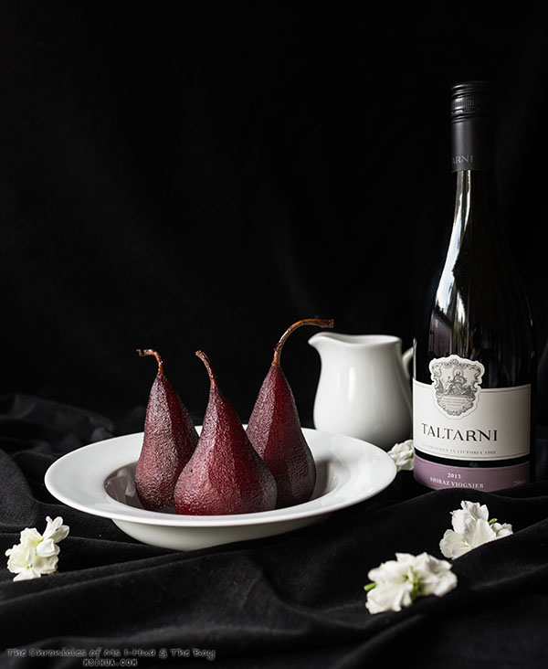 redWinePoachedPears_1