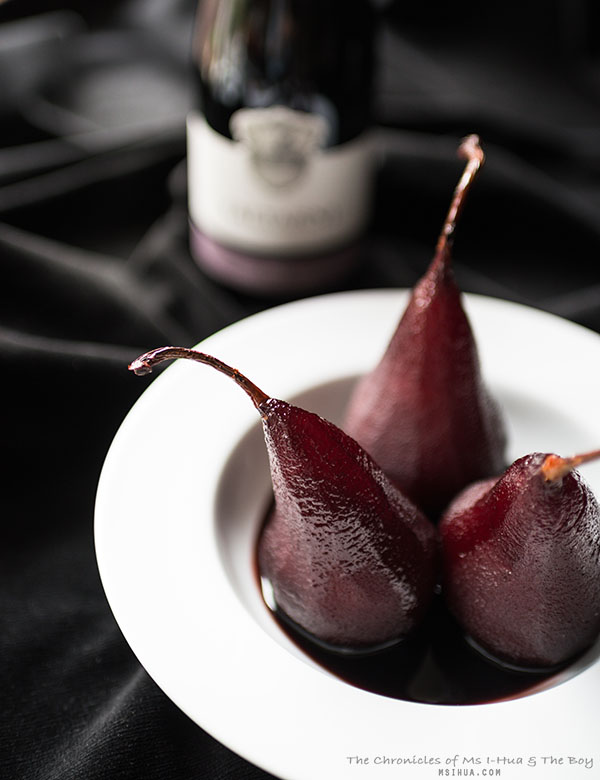 redWinePoachedPears_4