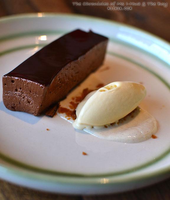 stCrispins_chocolate