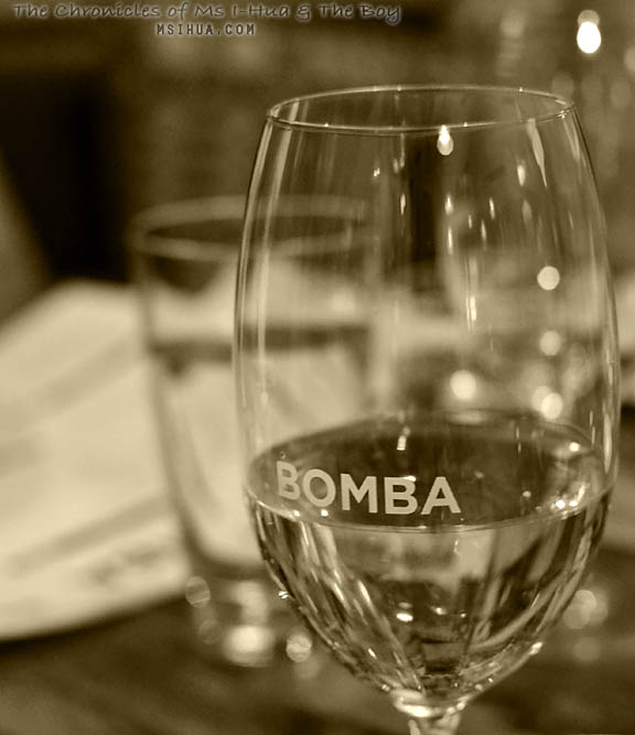 bomba_glass